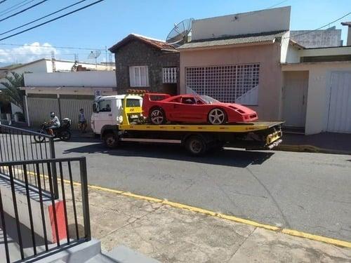 Costruisce replica F40: Ferrari lo denuncia (3)