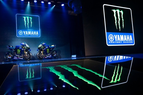 MotoGP. Yamaha svela la livrea 2019 di Rossi e Viñales (2)