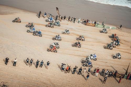 Africa Eco Race. La versione di Botturi (e di Yamaha): festa grande! (3)
