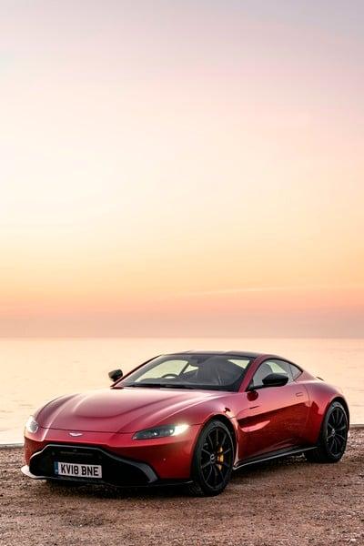 Aston Martin Vantage (5)