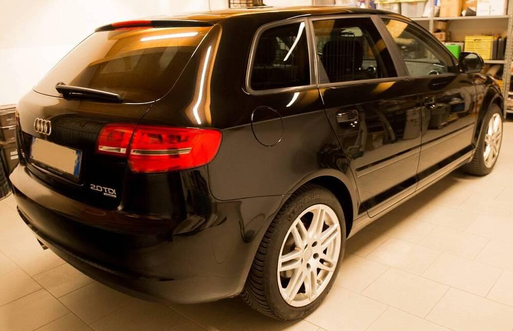 Audi A3 Sportback 2.0 TDI F.AP. quattro Ambiente del 2010 usata a Caronno Varesino (2)