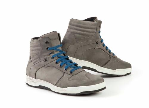 Nuova sneaker Stylmartin Smoke