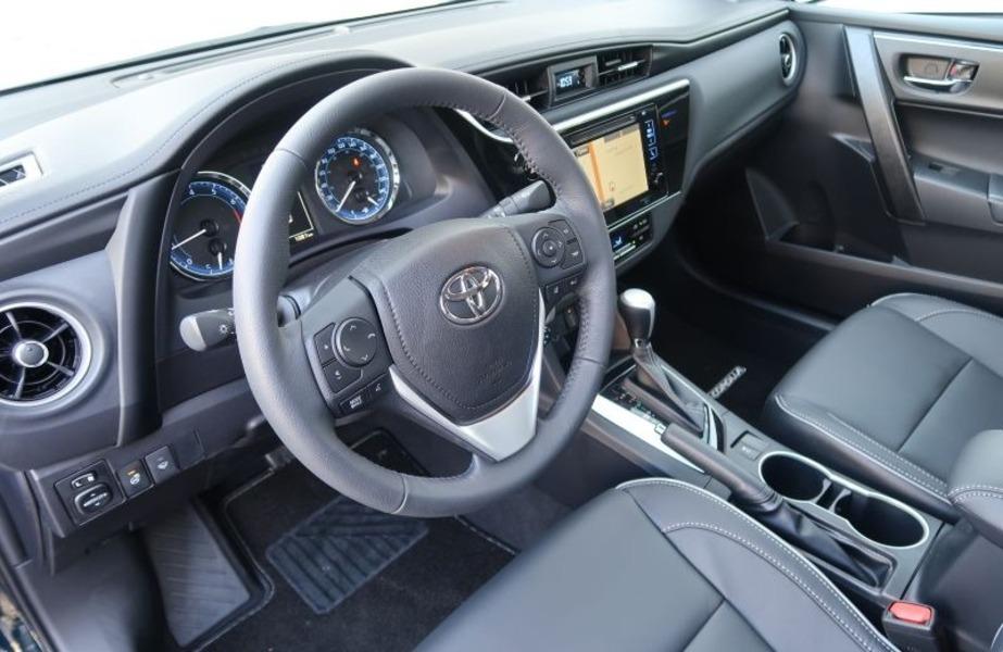 Toyota Corolla (2018->>) (4)