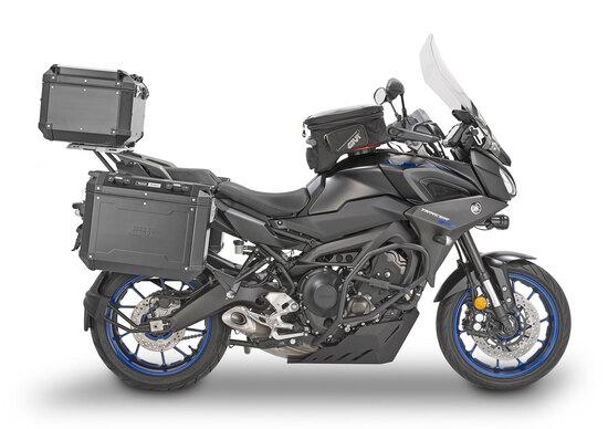 Allestimento GIVI per la Yamaha Tracer 900