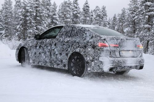 BMW Serie 2 Gran Coupé: foto spia (2)