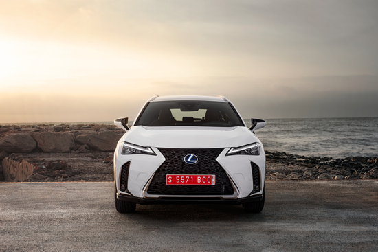 Lexus UX Hybrid: compatta, ibrida, premium