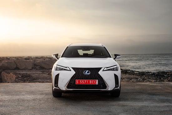 Lexus UX Hybrid sarà presentato alla Milano Fashion Week 2019