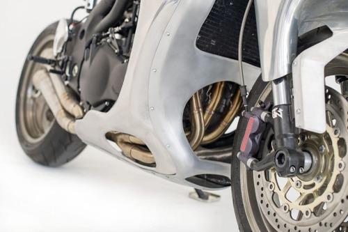 Triumph Speed Triple: una creazione bizzarra di Metalbike Garage (5)