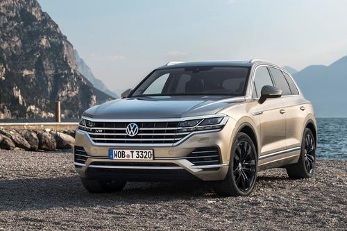 Volkswagen Touareg, arriva il V8 TDI al Salone di Ginevra 2019 (2)