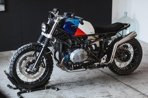 BMW R NineT: un kit per trasformarla, con tanta fibra di carbonio