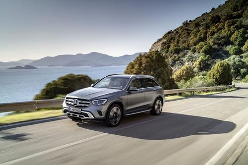 Mercedes GLC, il restyling al Salone di Ginevra 2019 (2)
