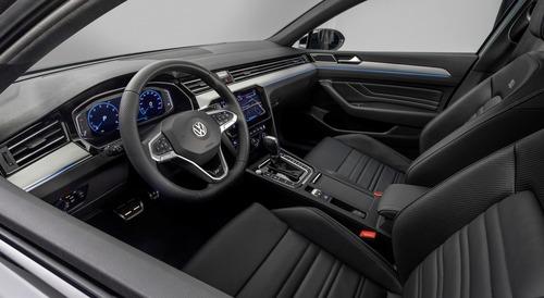 Volkswagen Passat Sporty Limited Edition al Salone di Ginevra 2019 (4)
