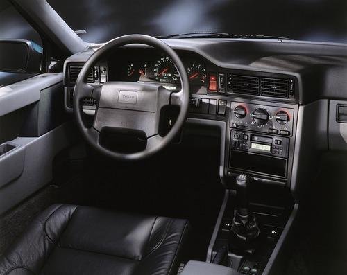 Volvo e la parabola della velocità: dalla 850 T5 SW al limite di 180 km/h (9)