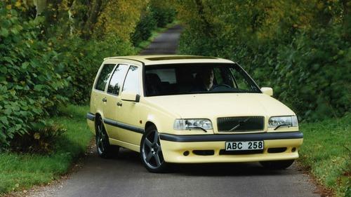 Volvo e la parabola della velocità: dalla 850 T5 SW al limite di 180 km/h (8)
