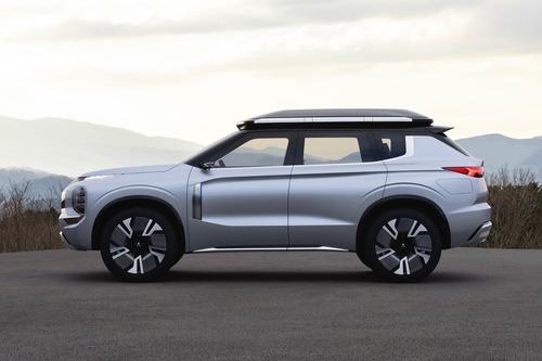 Mitsubishi Engelberg Tourer: concept al Salone di Ginevra 2019 (4)