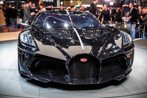 bugatti  u201cla voiture noire u201d al salone di ginevra 2019