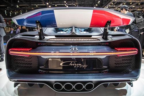 Bugatti Chiron Sport, a Ginevra la serie speciale 110 ans Bugatti (2)