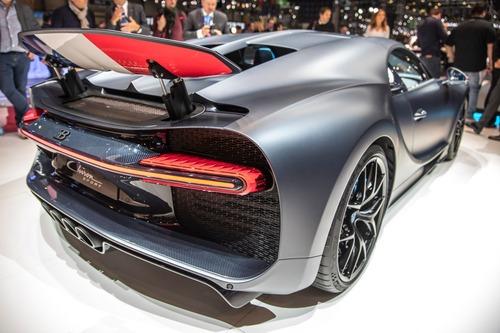 Bugatti Chiron Sport, a Ginevra la serie speciale 110 ans Bugatti (5)