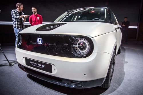Honda e-Prototype: il modello elettrico di serie a Ginevra 2019