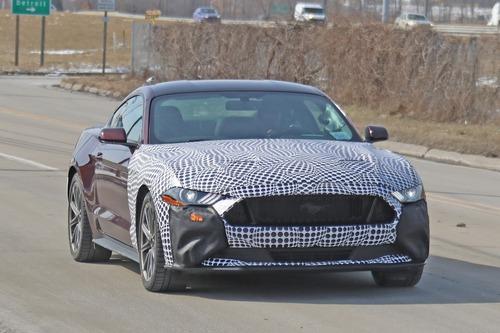 Ford Mustang ibrida: follia o realtà? [Foto spia] (9)