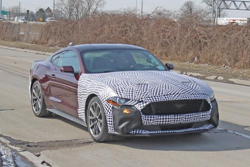 Ford Mustang ibrida: follia o realtà? [Foto spia]