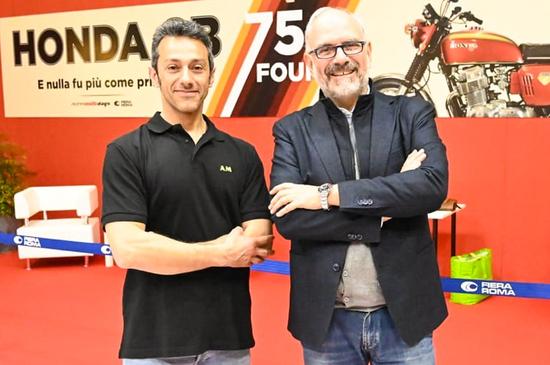 il nostro Antonio Privitera con Eugenio Blasetti, coordinatore della mostra e del Club Roma in Moto Violente anni 70-80