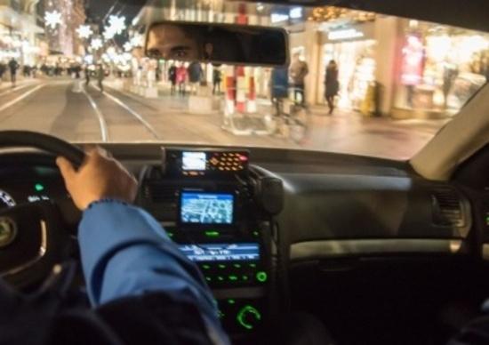 Inseguiva malviventi: poliziotto condannato per eccesso di velocità