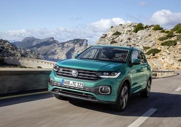 Volkswagen T-Cross 2019, ecco come va la cugina della Polo