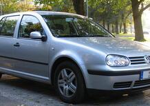 Auto fermata dai carabinieri: libretto e assicurazione OK, ma la patente è quella per ciclomotori