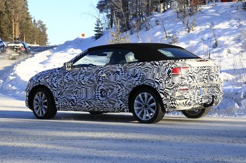 Volkswagen T-Roc Cabrio: ecco il nuovo SUV tedesco apribile [foto gallery] (3)