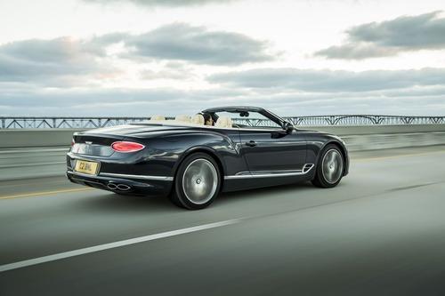 Bentley Continental GT V8, le nuove coupé e cabrio (6)