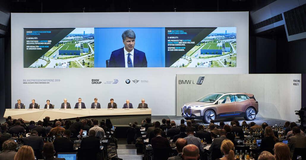 BMW nel mondo: un altro anno record per le vendite. Il secondo di sempre