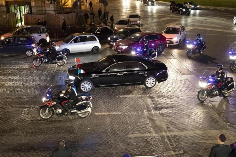 Xi Jinping in Italia, la mega-limousine del presidente della Cina: Hongqi N501