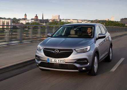 Opel Grandland X | Sobria e onesta in salsa franco-tedesca... [Video]