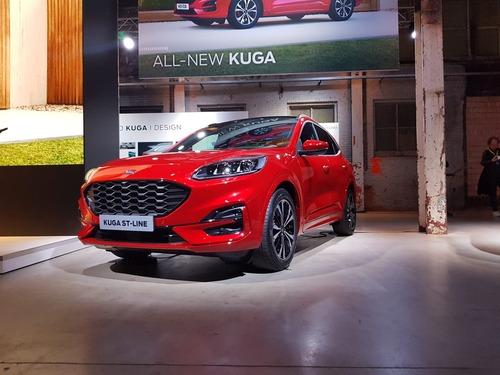 Ford, Hybrid per tutti i gusti: ecco nuova Kuga, Explorer, Tourneo, Fiesta e Focus [video live] (4)