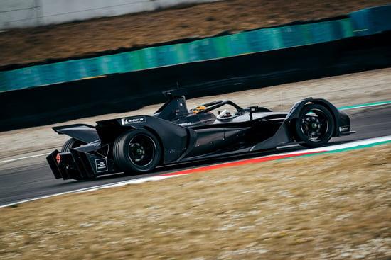 La Mercedes EQ Silver Arrow 01 in pista a Varano