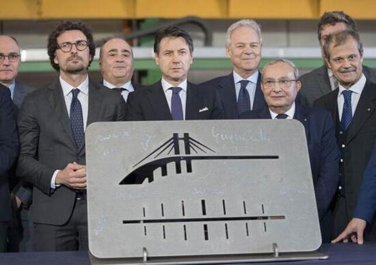 Nuovo limite velocità in Italia, Autostrade a 150 Km/h? Per il ministro Toninelli è no