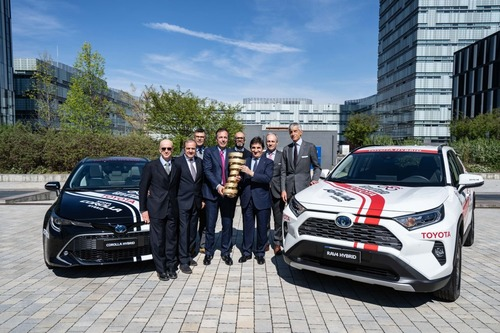 Giro d'Italia 2019: Toyota auto ufficiale (5)
