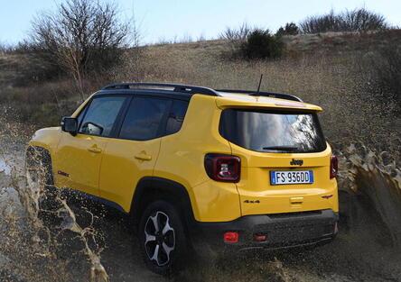 Alla ricerca del Forte del Giovo con Jeep
