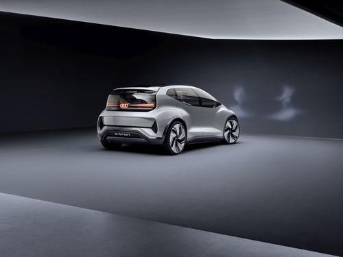 Audi AI:ME: compatta, spaziosa, autonoma (3)