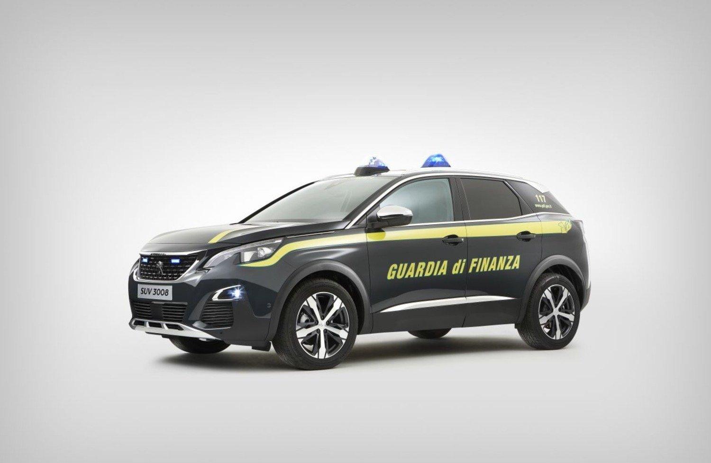 Peugeot 3008 indossa la divisa della Guardia di Finanza