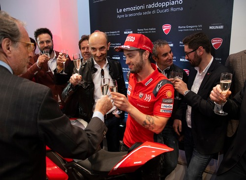 Ducati Roma: festa grande per la doppia location (3)