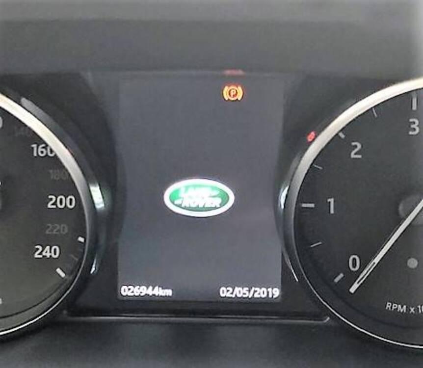 Land Rover Range Rover Evoque 2.0D I4-L.Flw 150CV AWD Aut R-Dynamic HSE del 2018 usata a Bergamo (2)