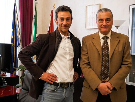 Il nostro Antonio Privitera durante l'intervista con il Questore di Catania Dott. Alberto Francini