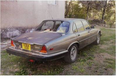 XJ6 d'epoca del 1986 a Terranuova Bracciolini