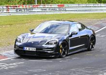 Porsche Taycan: l'elettrica in azione al Nürburgring [Foto spia]