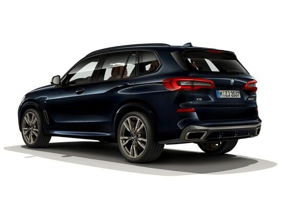 Il nuovo BMW X5 M50i