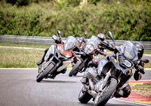 Maxienduro, sfida in pista: a 240 km/h con le maxienduro BMW, Ducati e KTM!