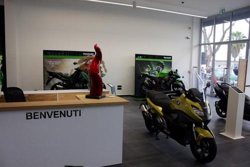 Tortora Moto: nuova sede a Salerno (4)