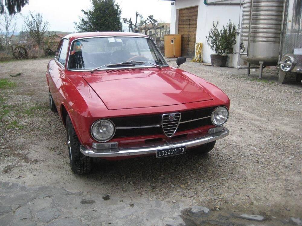 GT 1600 d'epoca del 1974 a Neive (2)